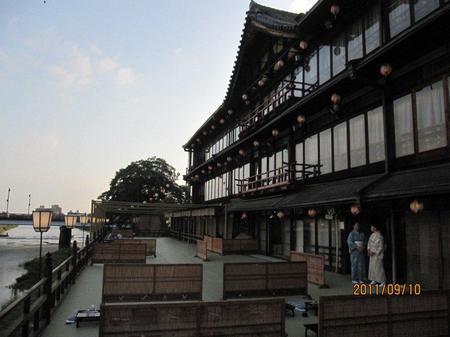 20110910川床.jpg